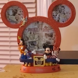 Disney Mickey and friends frame WDW